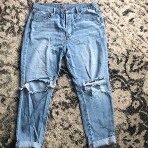 AE Hi Rise Girlfriend jeans